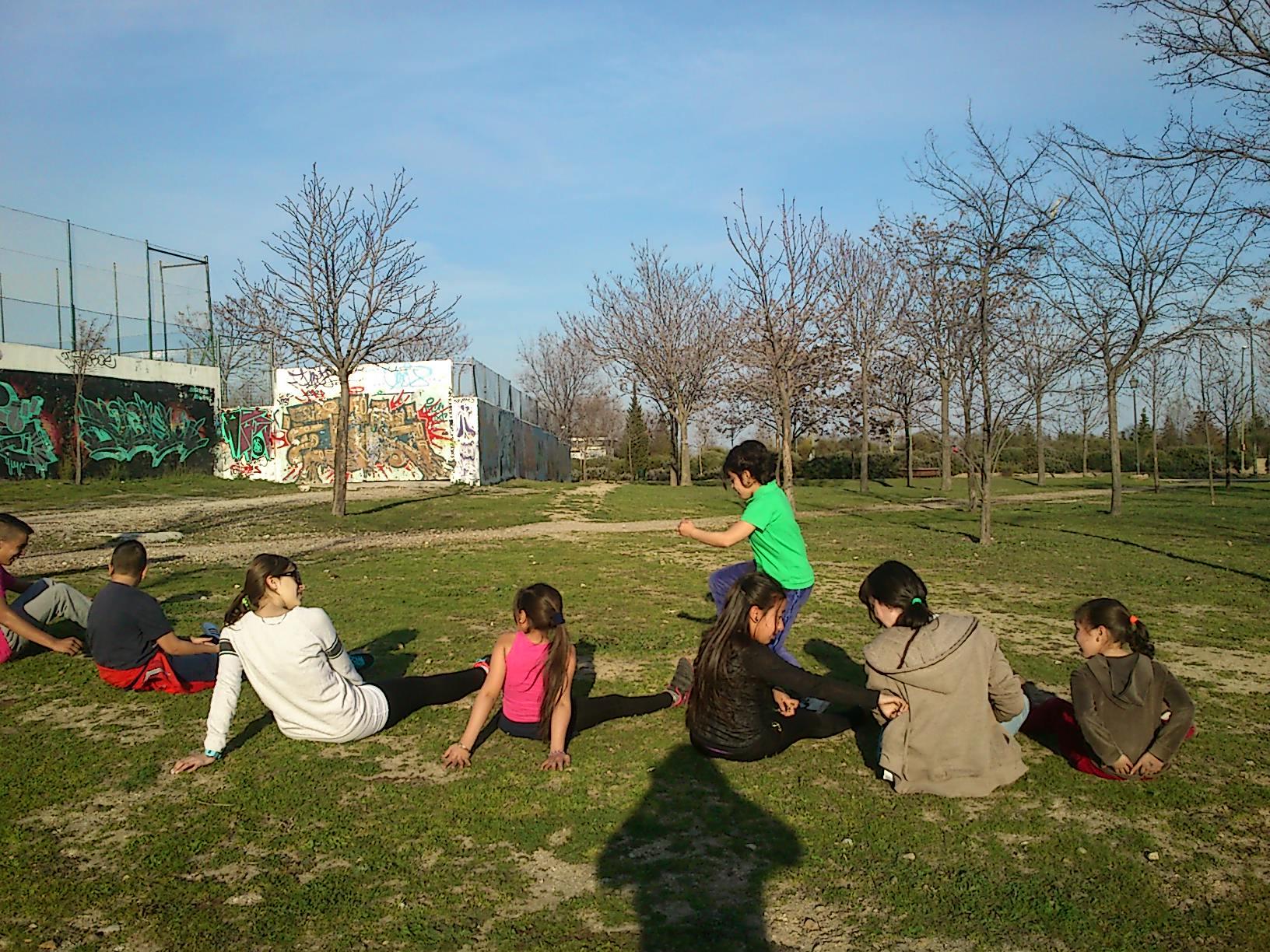 Mes del deporte! Fomentando el ocio saludable entre los menores de Valdebernardo