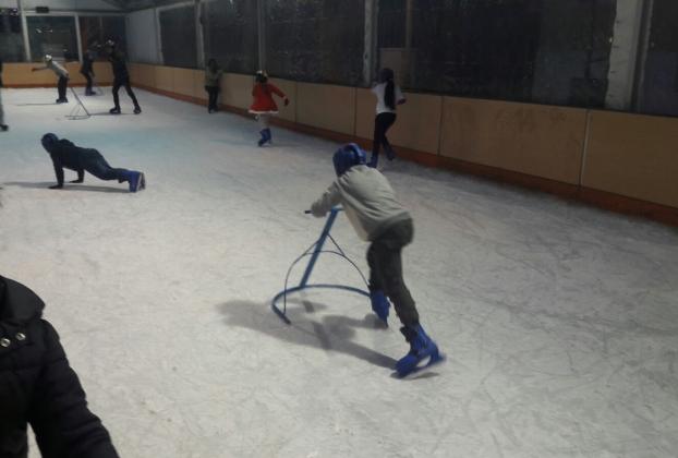 patinaje sobre hielo colonia urbana valdebernardo